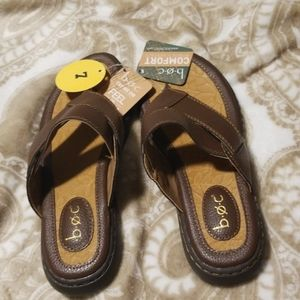 Ladies sandals box size 7